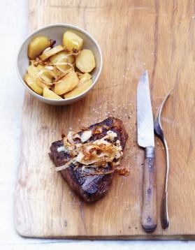 araign e aux oignons pommes de terre vapeur pour 6 personnes recettes elle table elle table. Black Bedroom Furniture Sets. Home Design Ideas