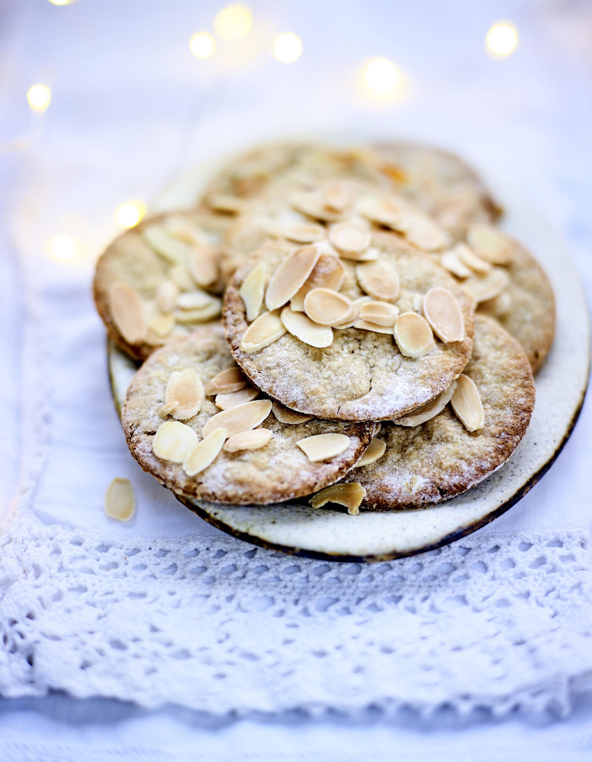 Biscuits Aux Amandes Flocons D Avoine Et Farine De Lin Pour 8