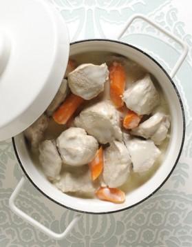 blanquette de poulet quick pour 4 personnes recettes elle table elle table. Black Bedroom Furniture Sets. Home Design Ideas