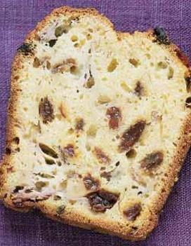 http://cuisine.elle.fr/var/plain_site/storage/images/elle-a-table/recettes-de-cuisine/cake-banane-rhum-raisins/155809-1-fre-FR/Cake-banane-rhum-raisins_large_recette.jpg