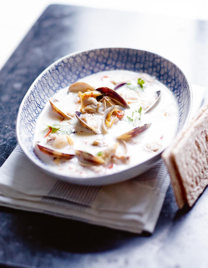 Clam chowder sans pomme de terre et tartines craquantes sans gluten pour 4 personnes recettes - Recette de cuisine sans gluten ...