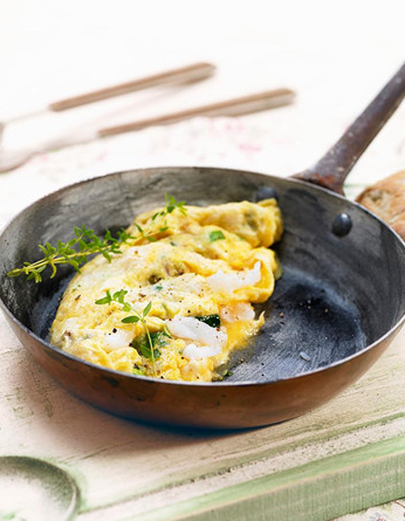 omelette au brocciu et la menthe recettes elle table. Black Bedroom Furniture Sets. Home Design Ideas