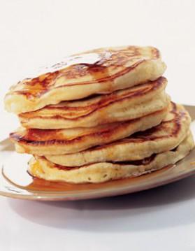 Pancakes pour 4 personnes recettes elle table elle table - Recette pancakes herve cuisine ...