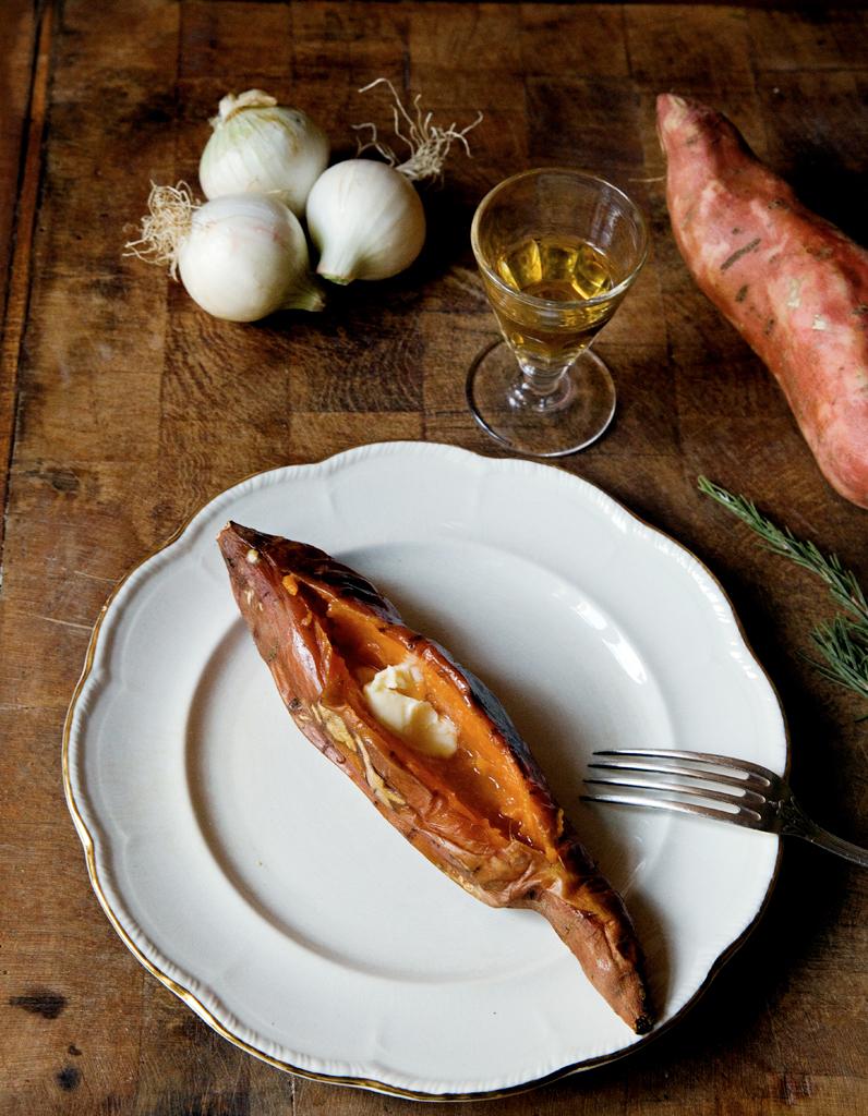 Patates Douces Au Romarin Pour Personnes Recettes Elle à Table - Cuisiner les patates douces