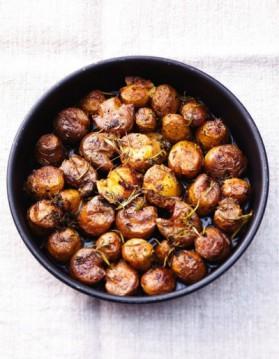 petites pommes de terre cras es pour 6 personnes recettes elle table elle table. Black Bedroom Furniture Sets. Home Design Ideas