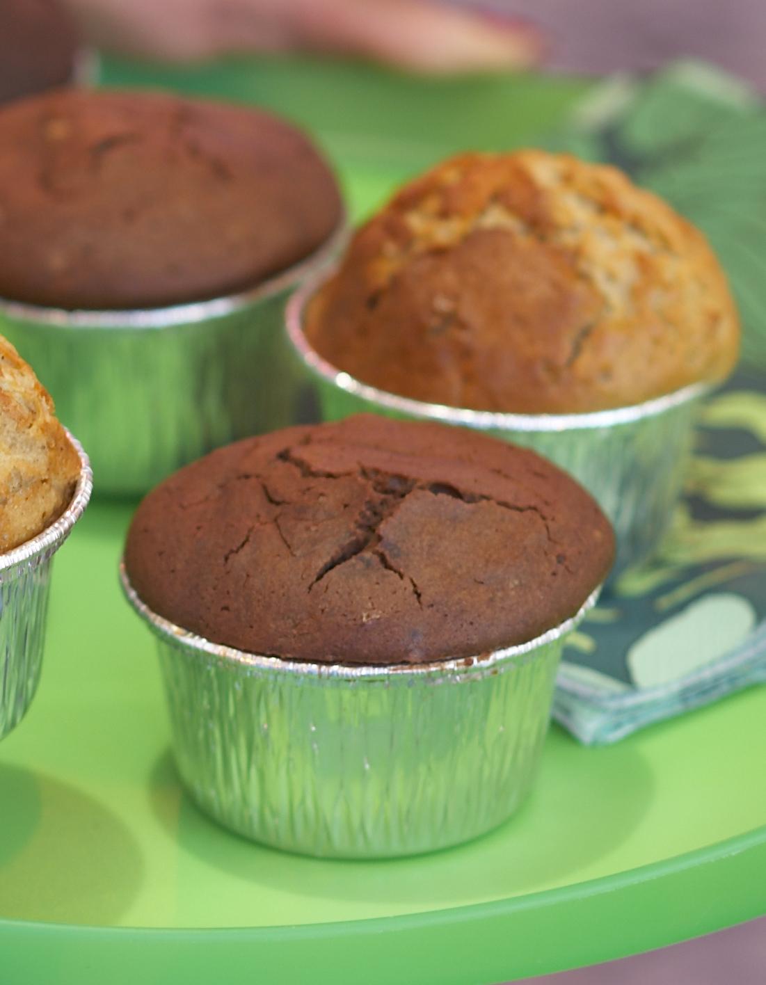 Petits g teaux banane noix chocolat pour 6 personnes recettes elle table - Site de recettes cuisine ...