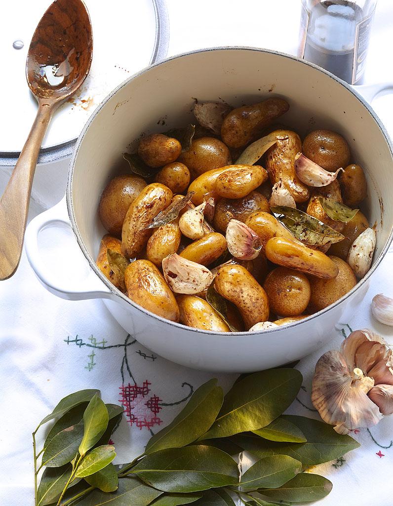pommes de terre au vinaigre balsamique pour 4 personnes recettes elle table. Black Bedroom Furniture Sets. Home Design Ideas