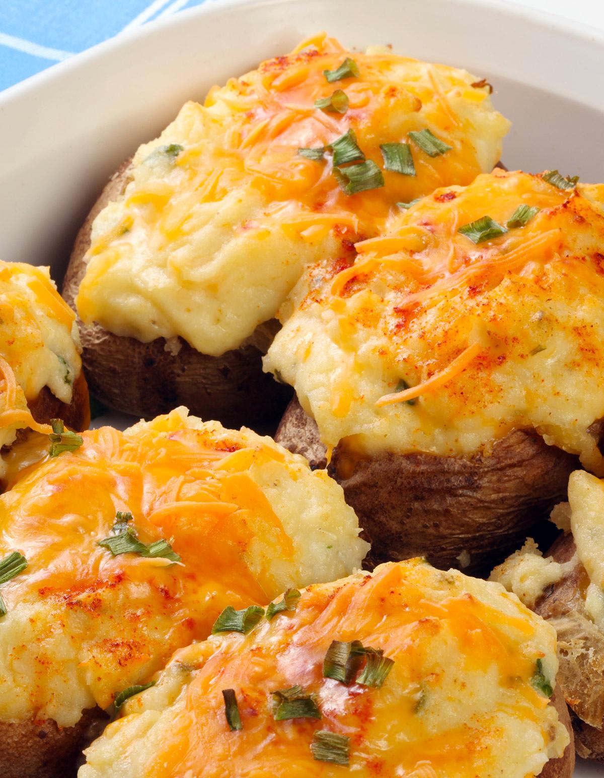 3d1f8bc9515 Pommes de terre farcies pour 4 personnes - Recettes Elle à Table