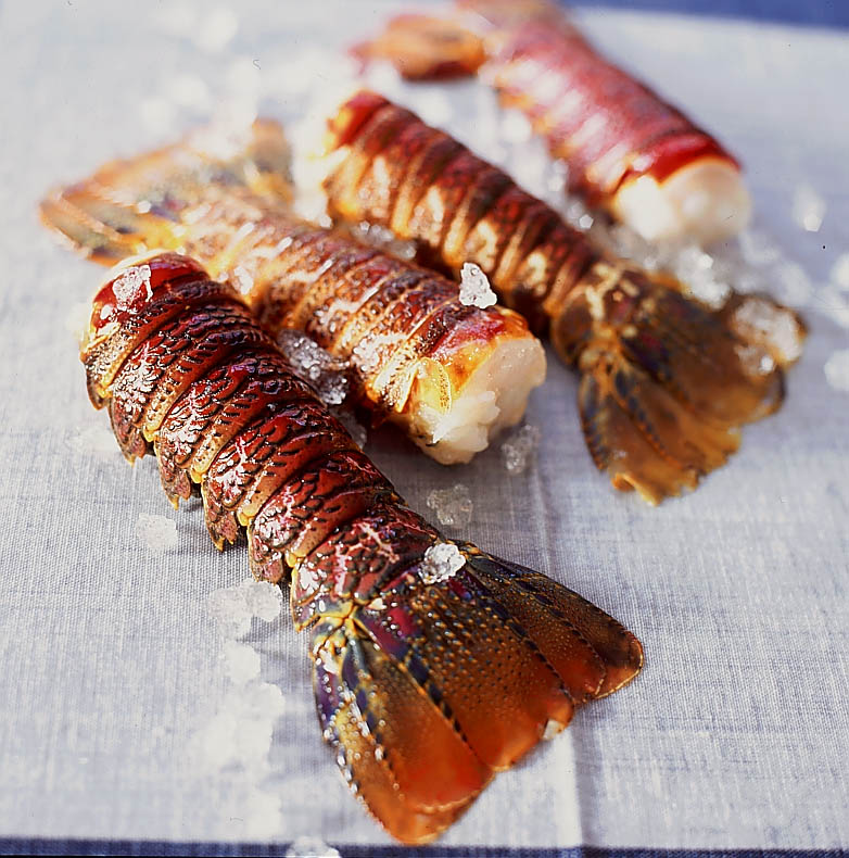 Queues de langoustes caram lis es recettes elle table for Cuisine queue de langouste