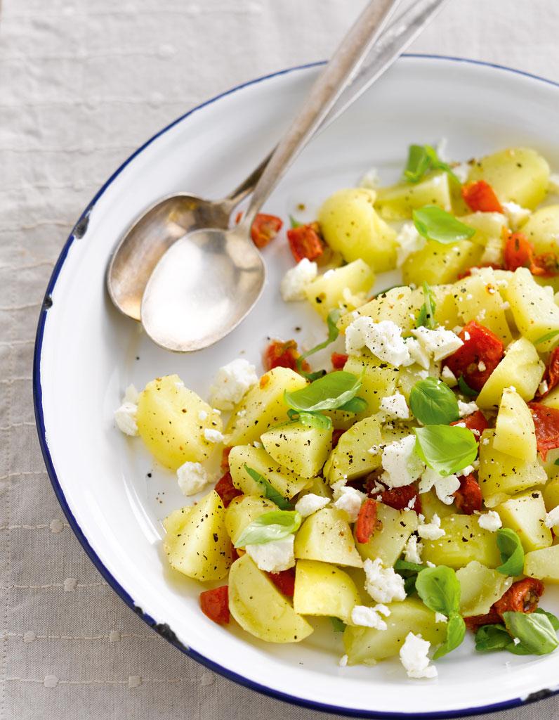 salade emporter de pommes de terre primeurs la grecque pour 4 personnes recettes elle table. Black Bedroom Furniture Sets. Home Design Ideas