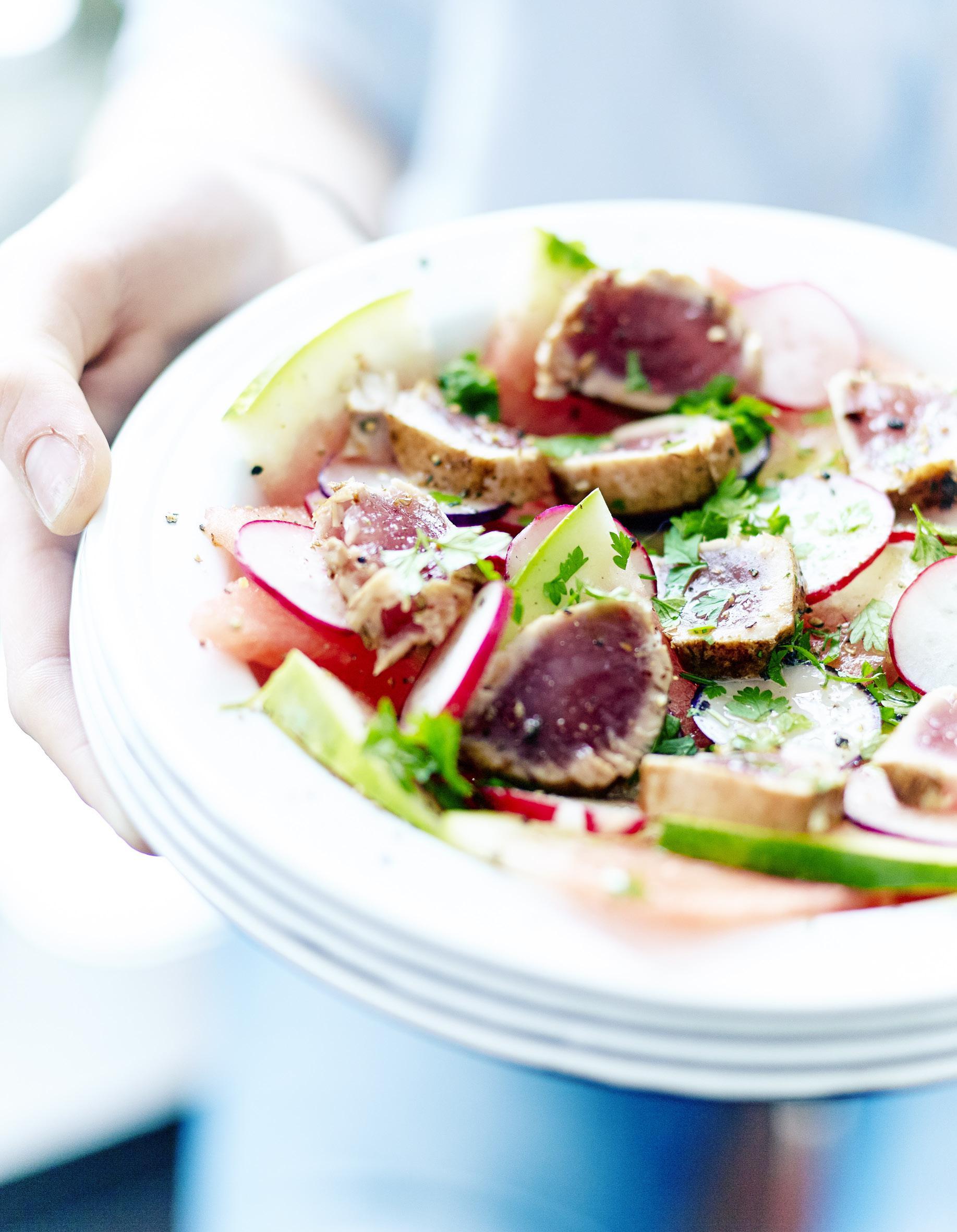 Salade de pastèque, tataki de thon pour 6 personnes - Recettes Elle on