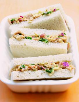 sandwiches thon mayo pour 6 personnes recettes elle table. Black Bedroom Furniture Sets. Home Design Ideas
