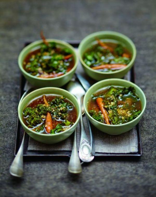 soupe l orge et au kale pour 6 personnes recettes elle table. Black Bedroom Furniture Sets. Home Design Ideas