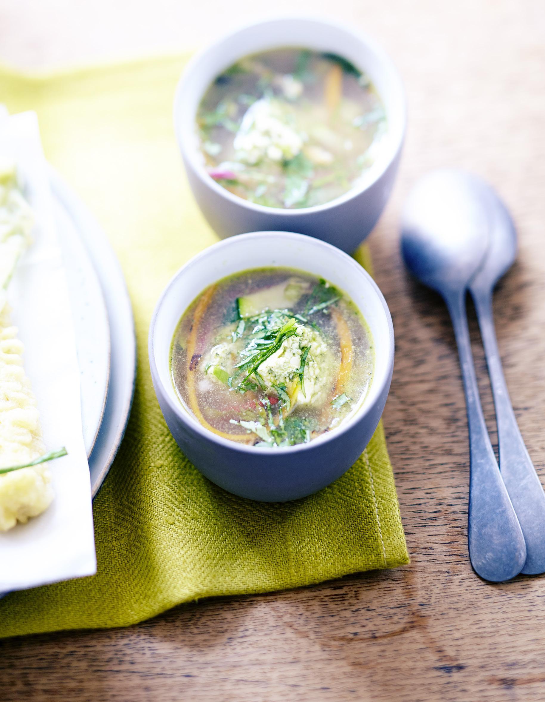 Soupe miso pour 6 personnes recettes elle table - Soupe miso ingredient ...
