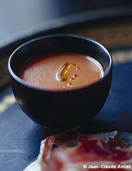 Soupe poivron-tomates pour 4 personnes - Recettes Elle à Table