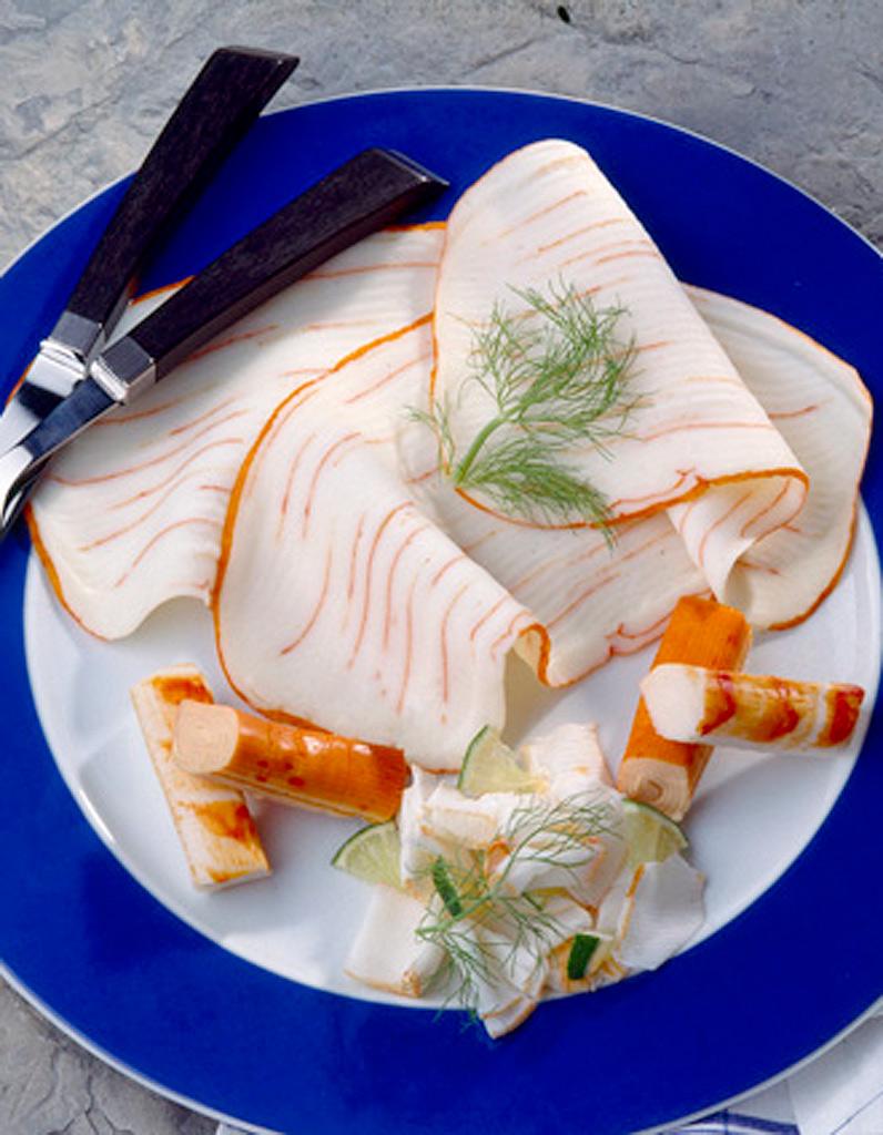 tartare de surimi et de saumon recettes elle table. Black Bedroom Furniture Sets. Home Design Ideas