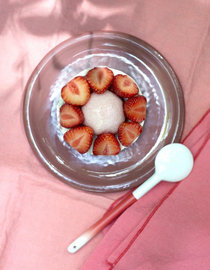 Tarte aux fraises et chocolat blanc pour 4 personnes recettes elle table - Recette tarte aux chocolat ...