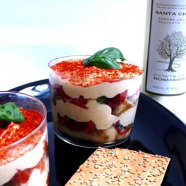 Tiramisu de tomates pour 4 personnes recettes elle table - Cuisine de bernard tiramisu ...
