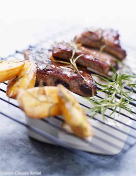 Travers de porc l am ricaine au barbecue pour 4 personnes recettes elle table - Cuisiner travers de porc ...