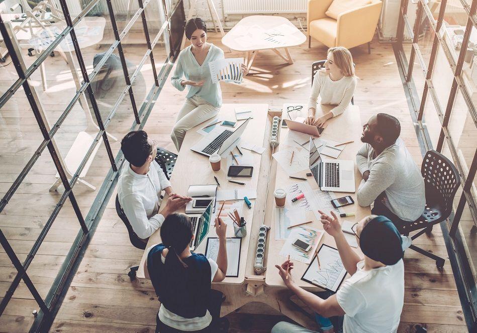 Comment se portent les relations entre femmes et hommes au travail ? Après le Forum ELLE Active les 29 et 30 mars à Paris, on fait le point sur des initiatives qui rendent l'entreprise moins sexiste.