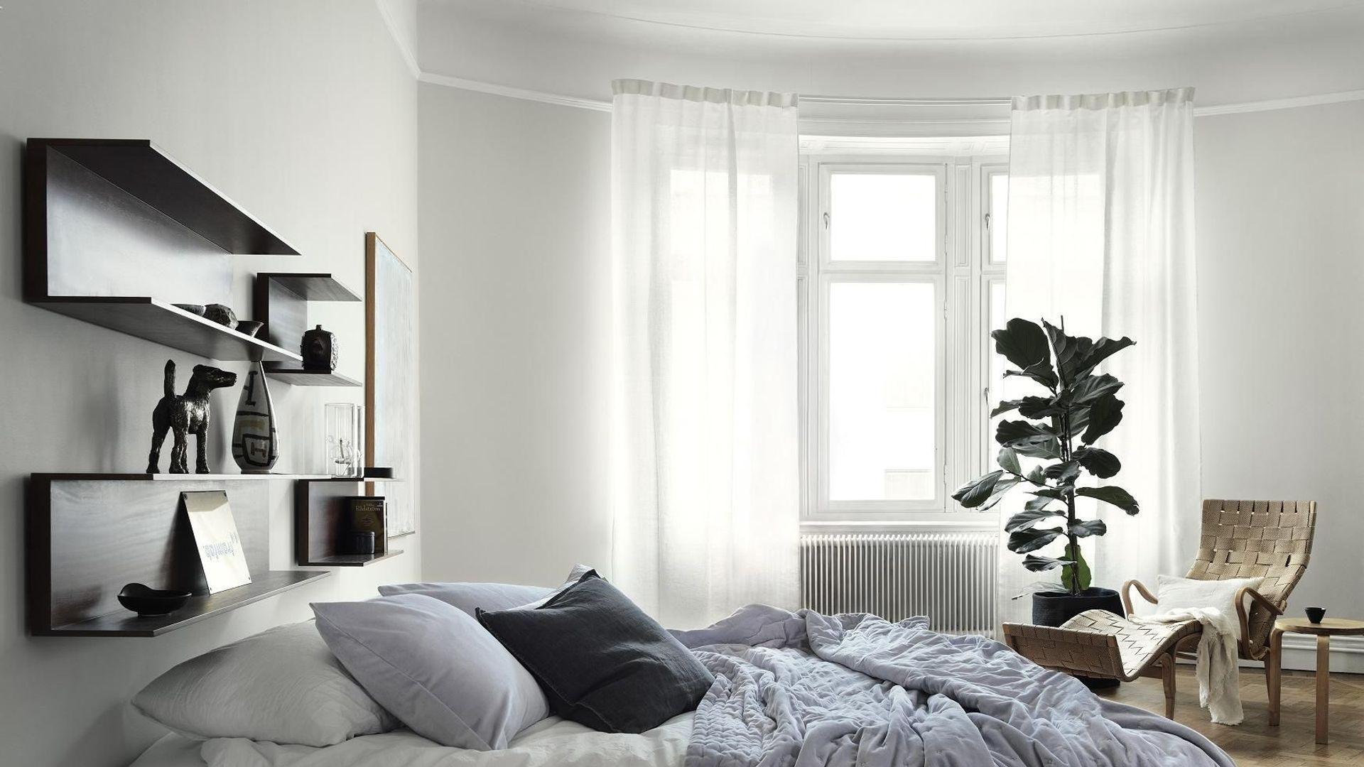 Charmant 5 Trucs Que Chaque Couple Doit Avoir Dans Sa Chambre   Elle Décoration