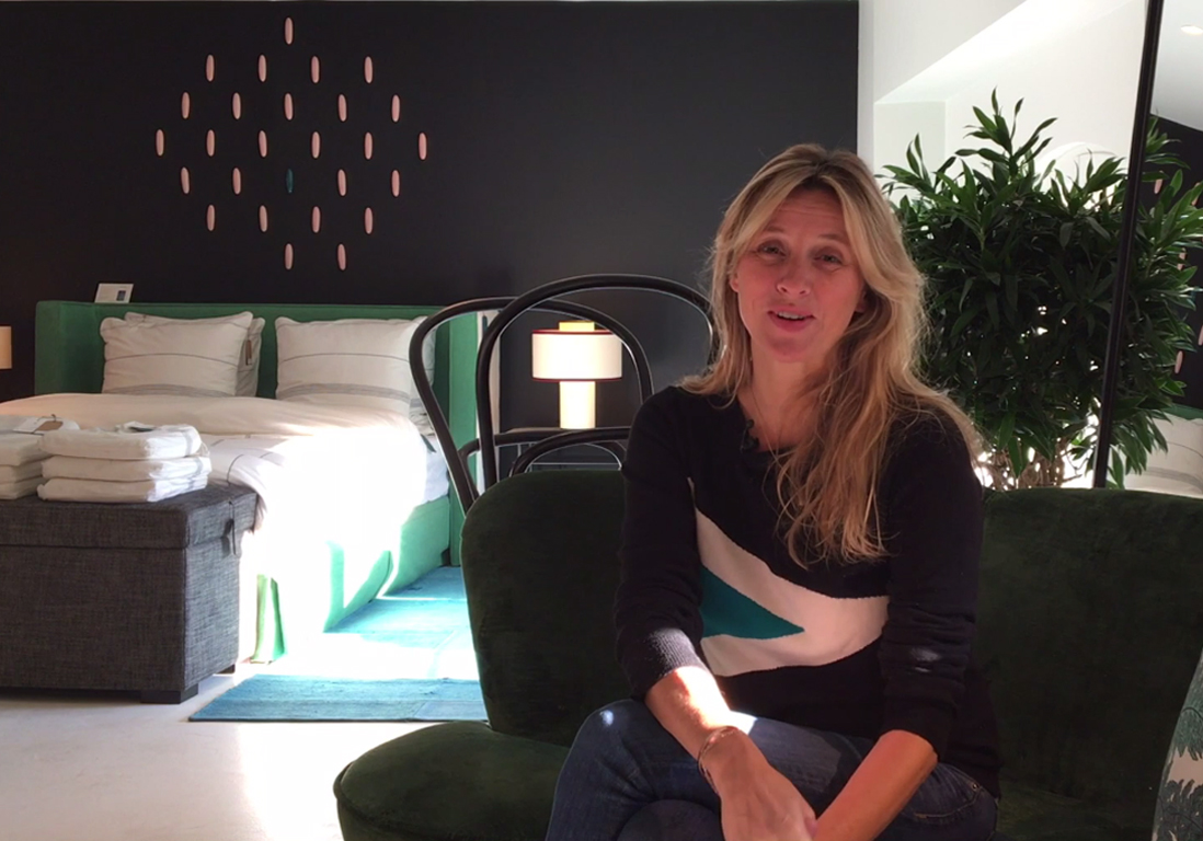 video sarah lavoine nous parle de son concept store maison sarah lavoine paris elle vid os. Black Bedroom Furniture Sets. Home Design Ideas