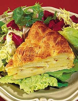 http://cuisine.elle.fr/var/plain_site/storage/images/fiches_recettes/recettes/tarte_aux_pommes_de_terre/8486-1-fre-FR/tarte_aux_pommes_de_terre_large_recette.jpg