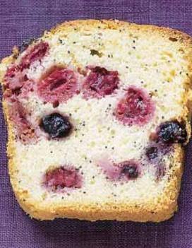 Cake aux fruits des bois et au pavot