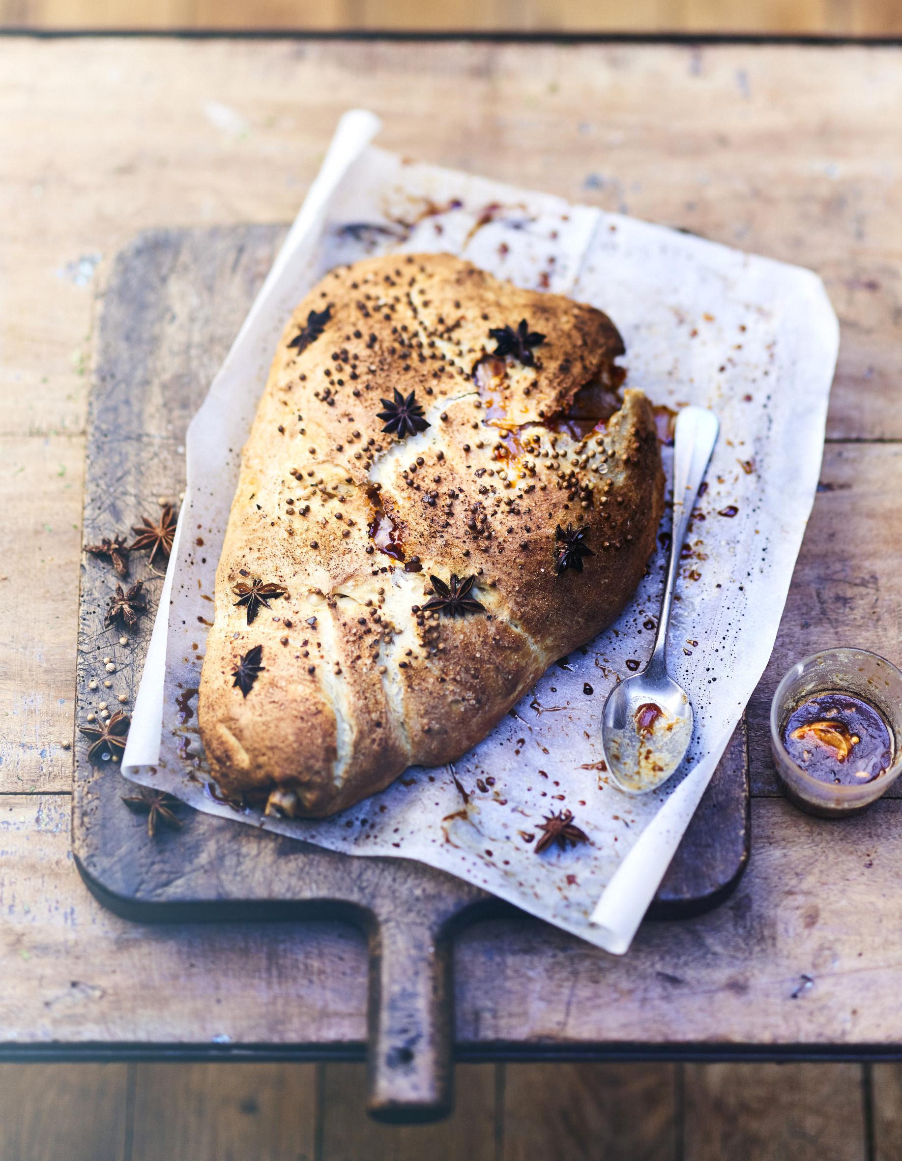 Gigot d'agneau en croûte de pain
