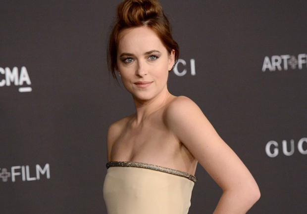 50 nuances de grey dakota johnson exprime ses doutes elle for Chambre 50 nuances de grey