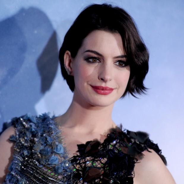 Anne Hathaway Graham Norton: Anne Hathaway Dit Tout Sur Le Tournage Du Diable S'habille