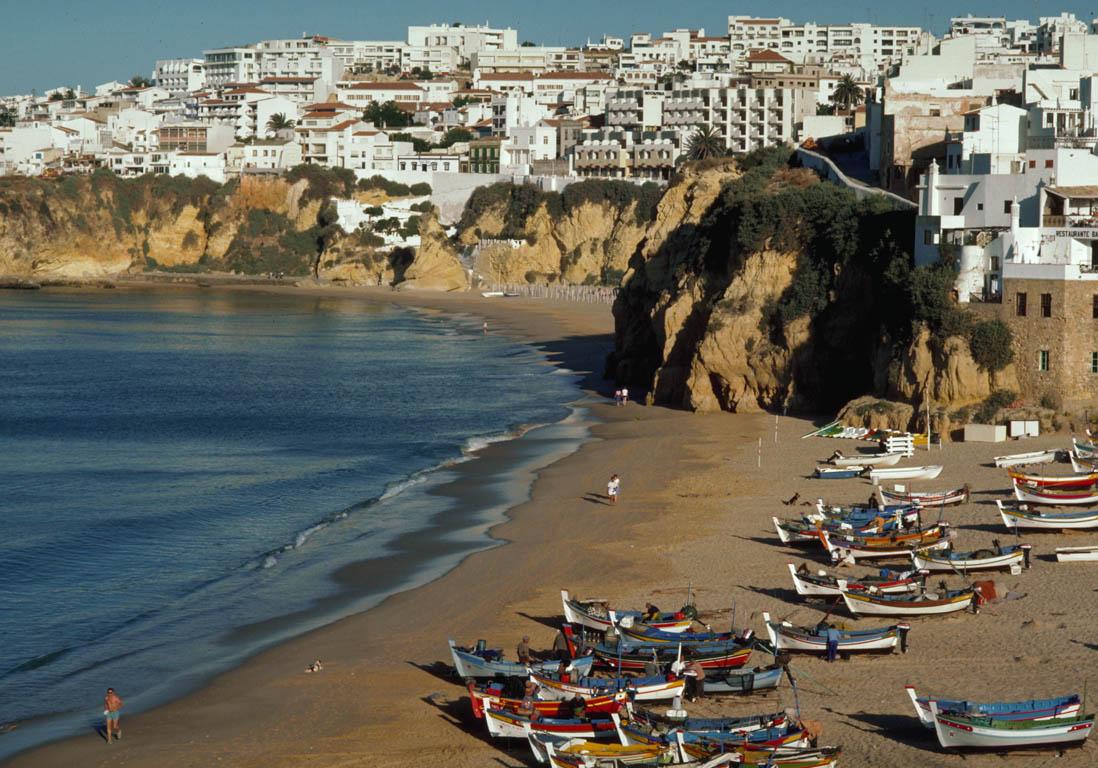 vacances au portugal Vacances du0027été au Portugal - Vacances du0027été : où partir pour (vraiment)  déconnecter ? - Elle