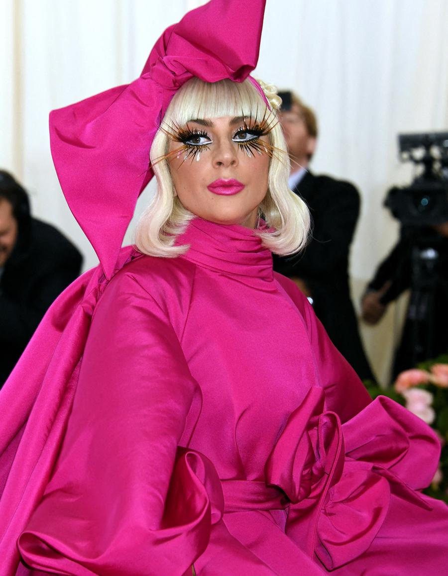 Coronavirus : Faut-il acheter des places pour le concert de Lady Gaga, le  Chromatica Ball ? - Elle