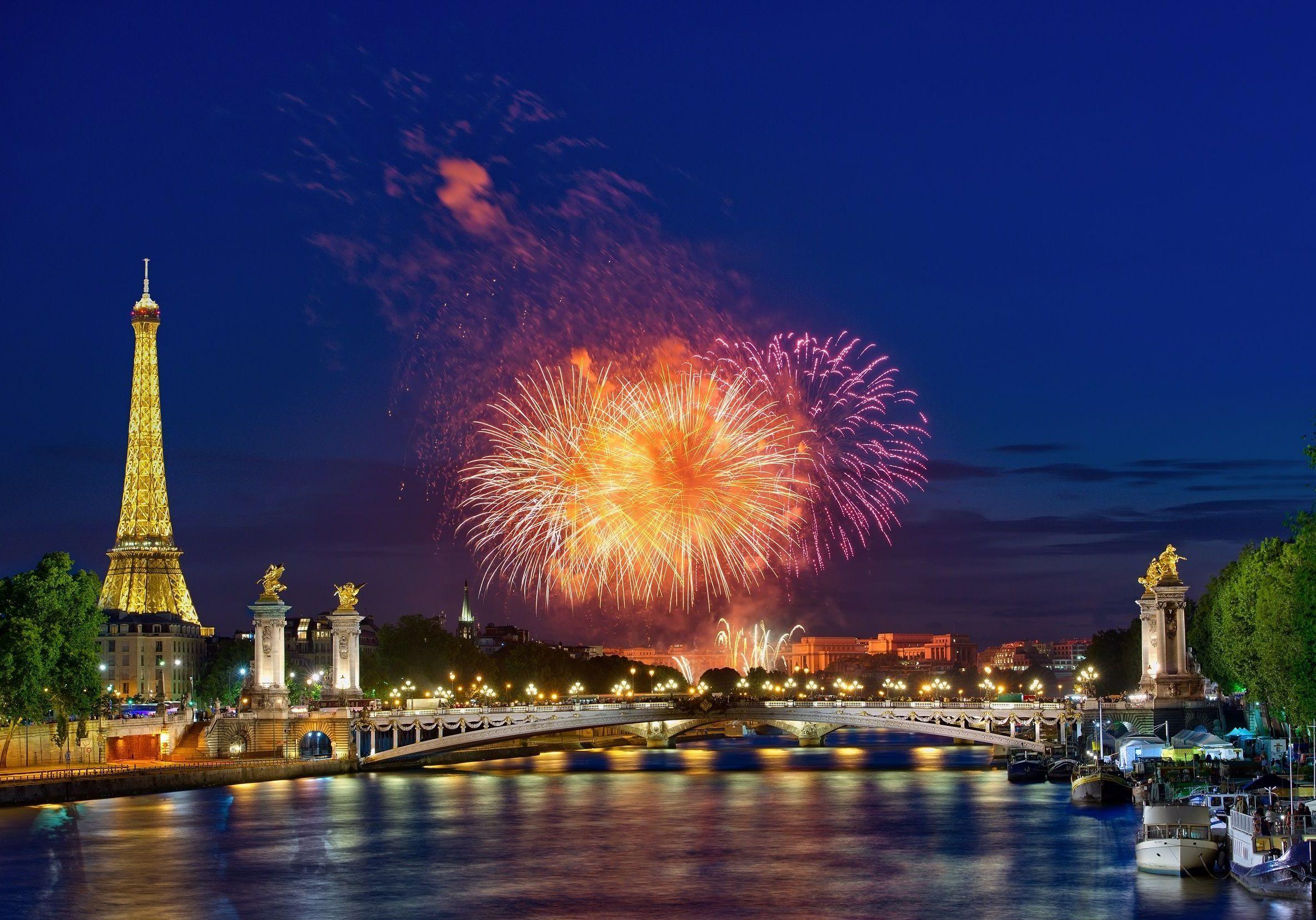 les meilleurs endroits pour voir le feu d u2019artifice du 14 juillet  u00e0 paris