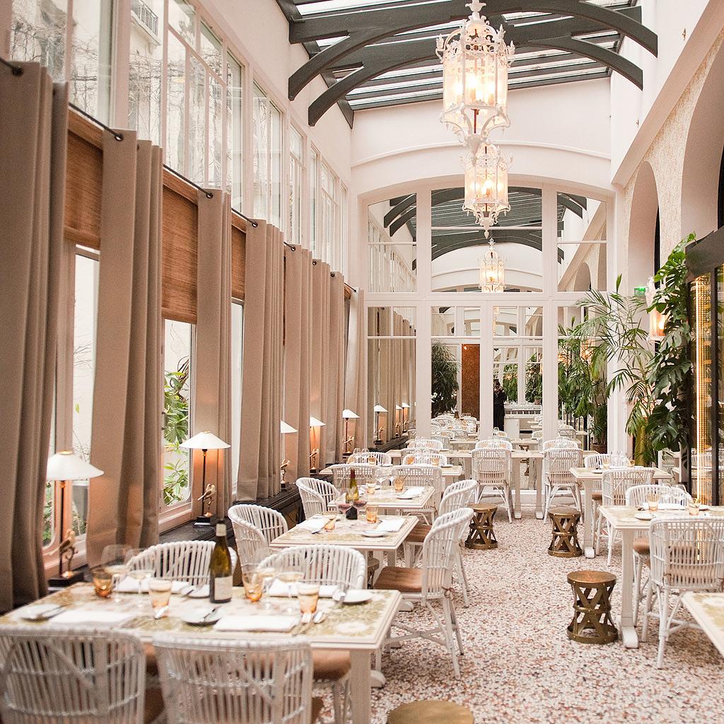 restaurant romantique les meilleures adresses de. Black Bedroom Furniture Sets. Home Design Ideas