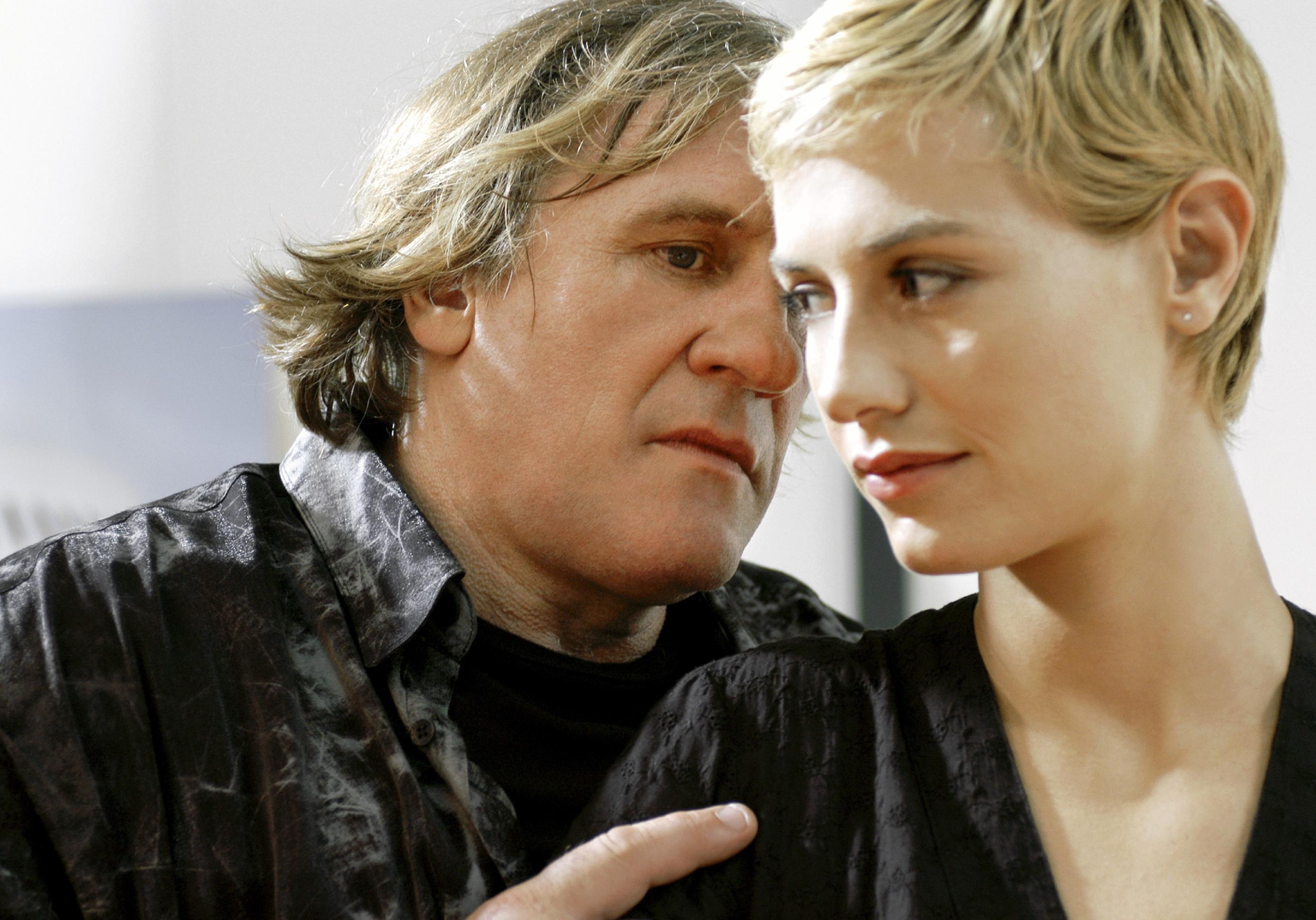 TV : ce soir, on fond pour la voix de Gérard Depardieu dans ...