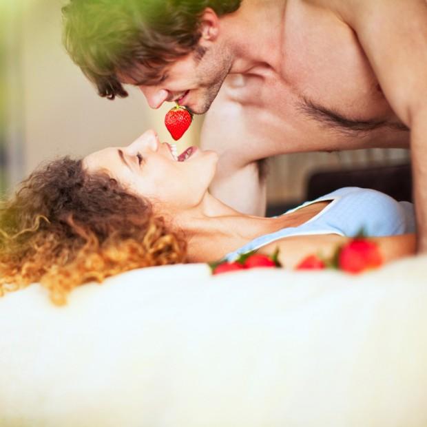 Jeux érotiques : 8 conseils pour pimenter son couple
