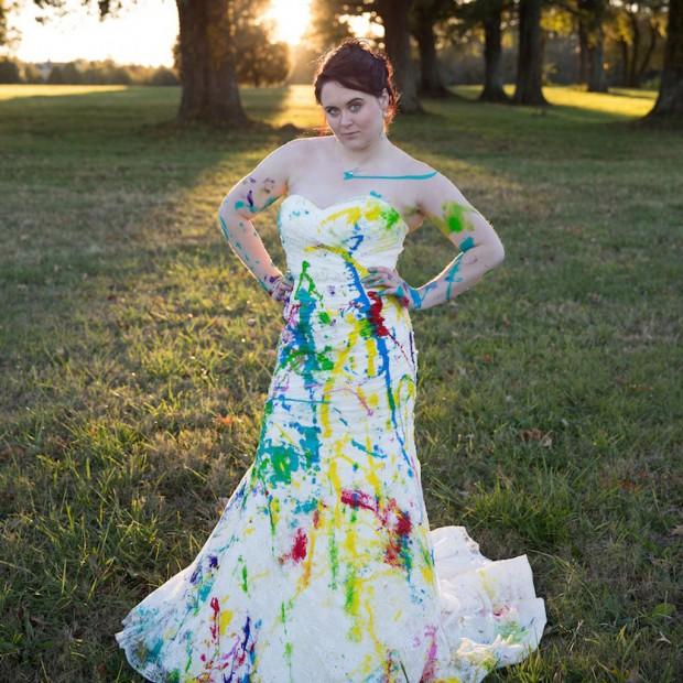 elle ravage sa robe de mariée