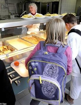 Cantines scolaires les menus au regime dietetique