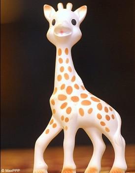 Sophie la Girafe se defend d etre cancerogene