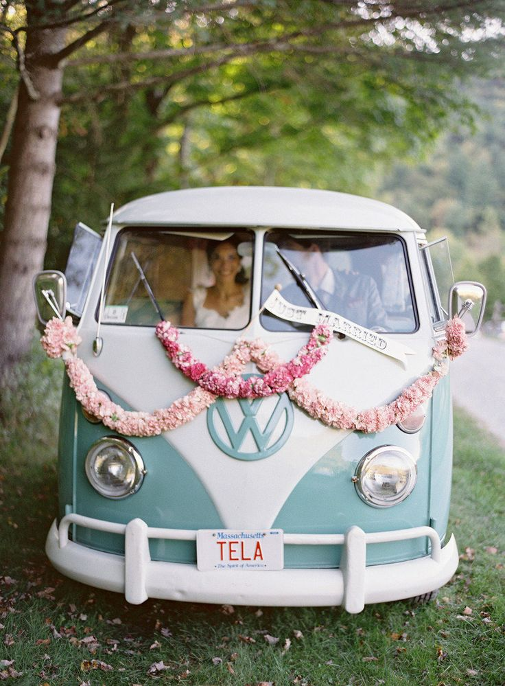 decoration voiture mariage retro