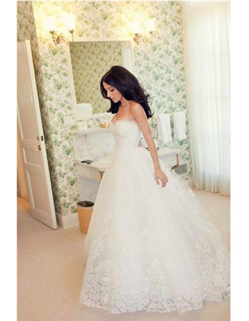 robe de mari e r tro chic 20 robes de mari e r tro pour avoir un look vintage le jour j elle. Black Bedroom Furniture Sets. Home Design Ideas