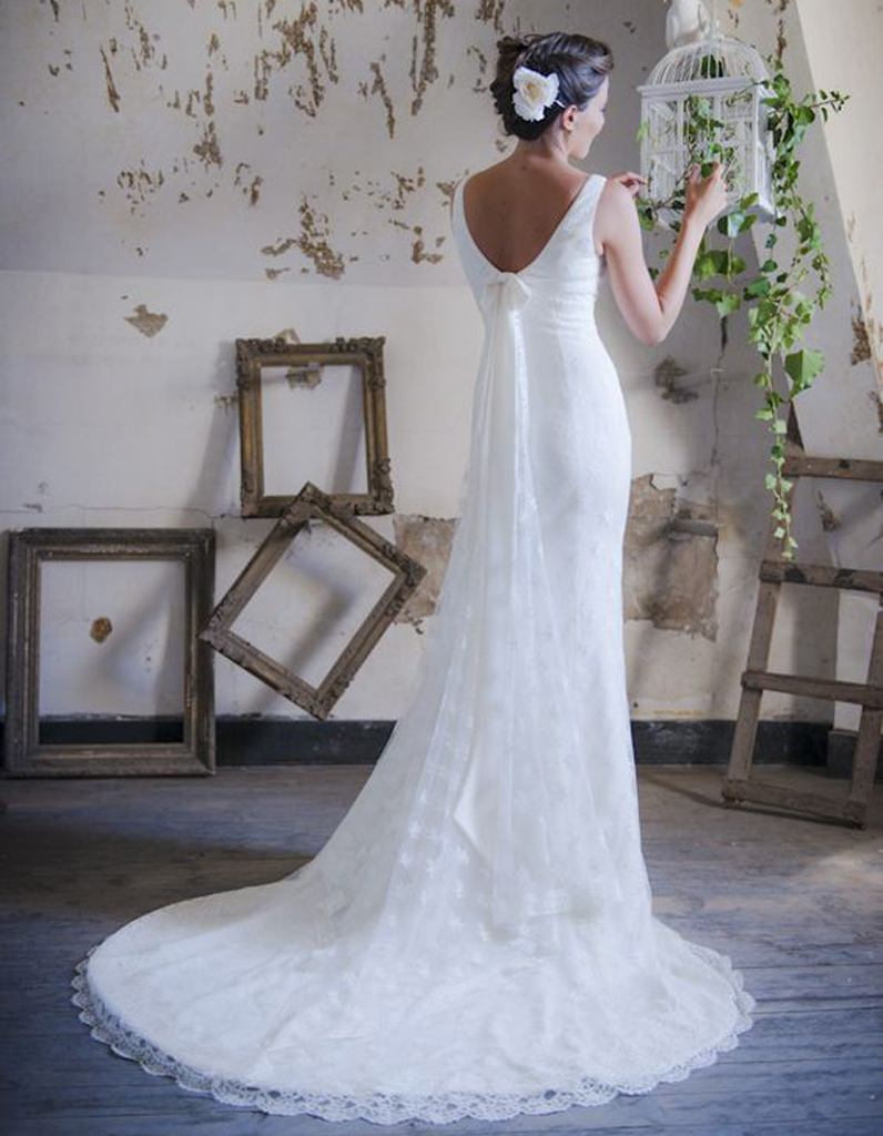 robe de mari e de princesse noeud dans le dos 66 robes de mari e de princesse qui font r ver. Black Bedroom Furniture Sets. Home Design Ideas