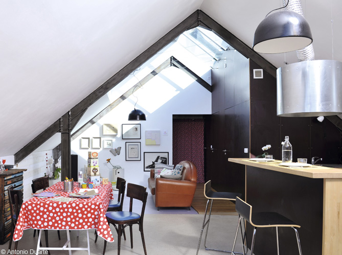 comment placer un miroir pour agrandir une pice dans un. Black Bedroom Furniture Sets. Home Design Ideas