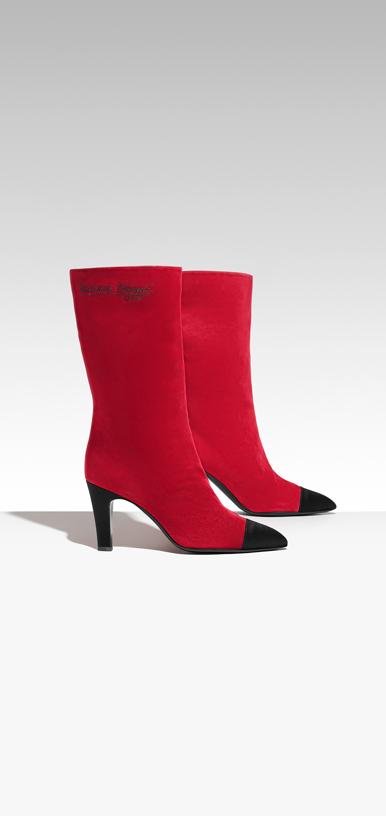 6---G33119-Y51214-C0924--Boots-in-red-suede-and-black-satin_LD