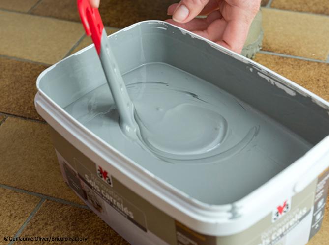 Peinture carrelage pour le sol elle d coration for Peinture de renovation