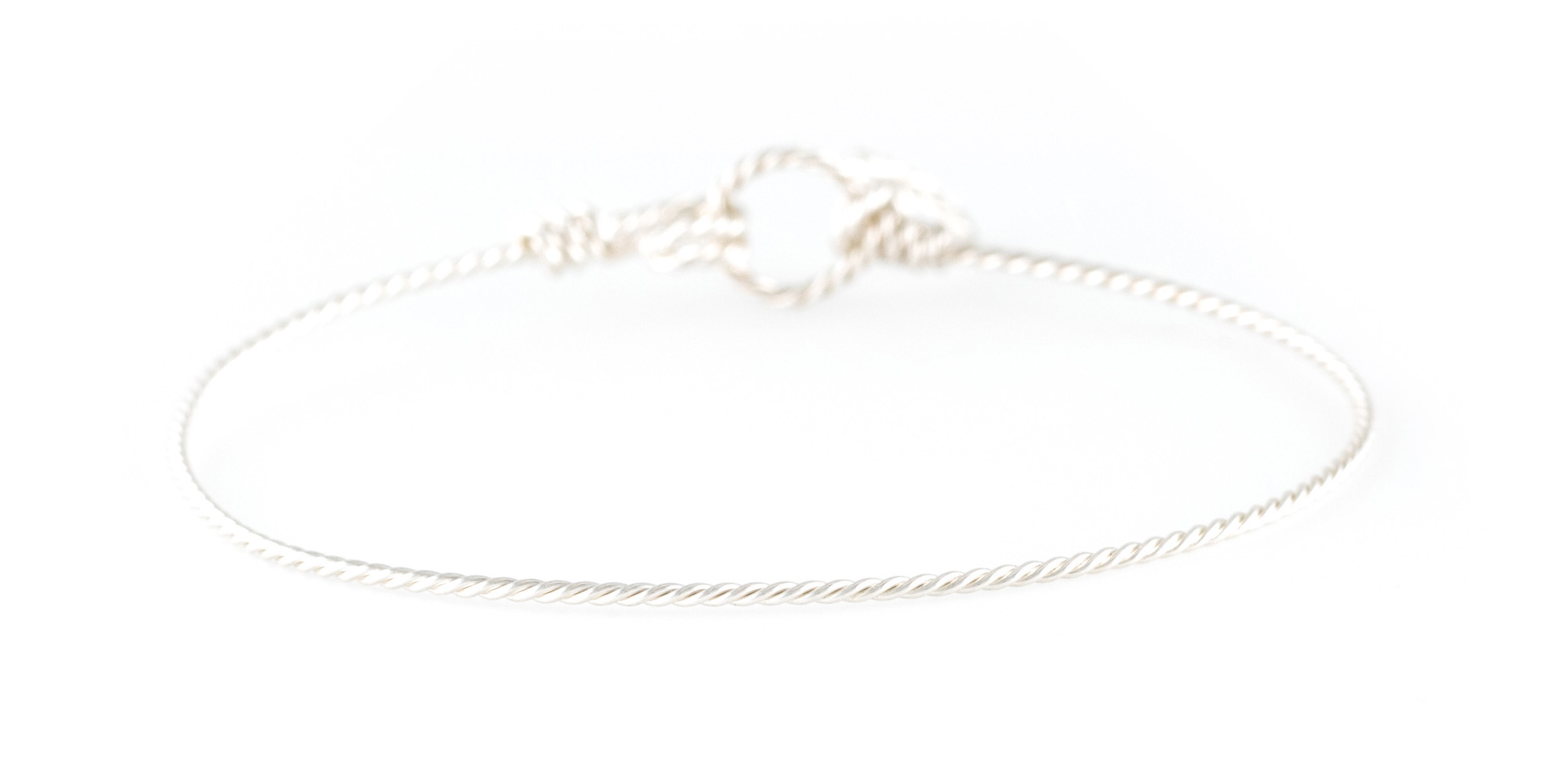 Bracelet Nude en argentium torsadé 90€ Atelier Paulin