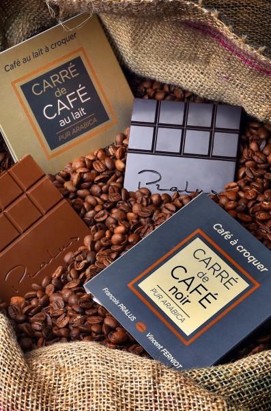 Carre-de-Cafe-Noir-et-Lait-C-Thierry-Be-guin
