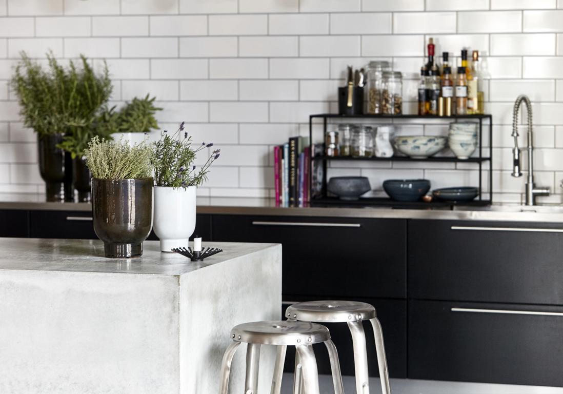 les 5 id es canons piquer cette cuisine pleine d astuces elle d coration. Black Bedroom Furniture Sets. Home Design Ideas