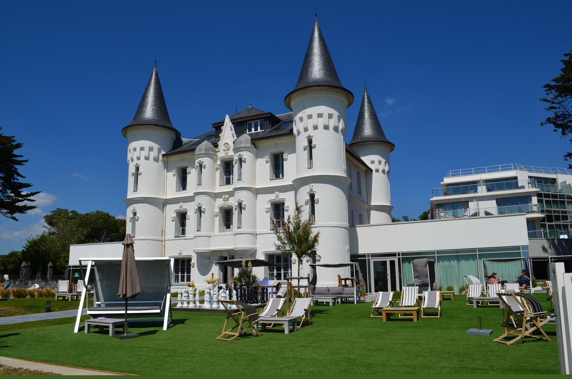 Chateau tourelles